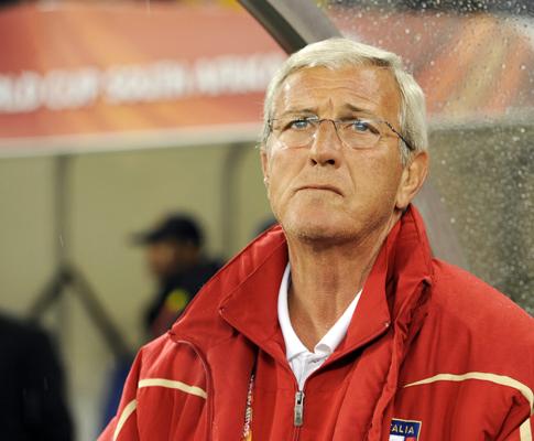 Mundial 2010: Italia vs Paraguai (EPA/FRANCK ROBICHON)
