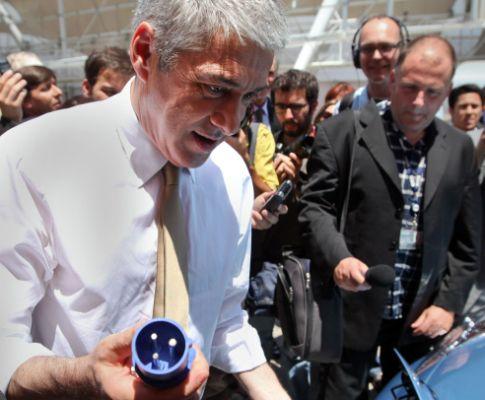 Sócrates inaugura rede de abastecimento de carros eléctricos (MARIO CRUZ / LUSA)