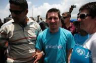 Lionel Leo Messi visita o Haiti (foto: Lusa/Epa)
