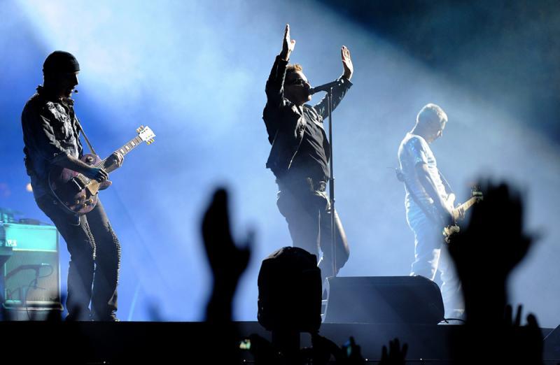 U2 ao vivo em Vienna (HANS KLAUS TECHT - EPA/LUSA)