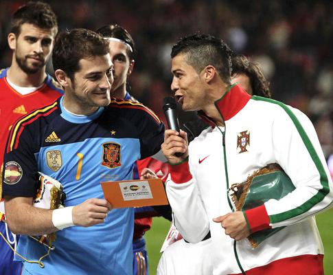 Ronaldo conseguirá entrar para o clube dos 1000  b0aa7a905c75e
