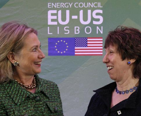Hillary Clinton e Catherine Ashton (Reuters)