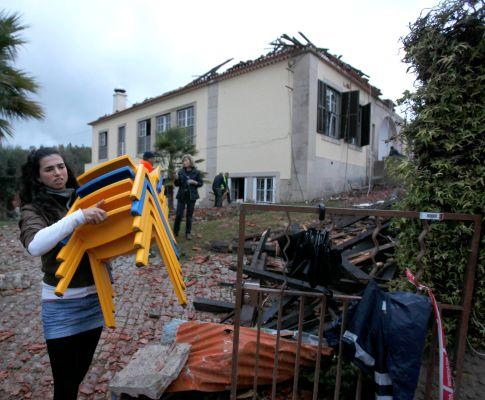 Tornado em Tomar (PAULO CUNHA/LUSA)
