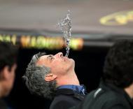 José Mourinho após vitória na final da Liga dos Campeões, ao serviço do Inter de Milão (EPA/Srdjan Suki)