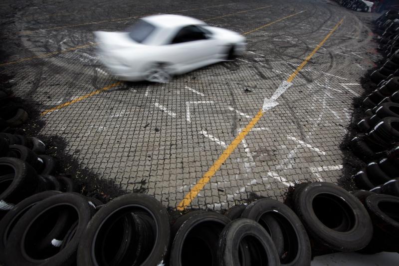 Subcultura de corridas de carros na África do Sul (EPA/Nic Bothma)