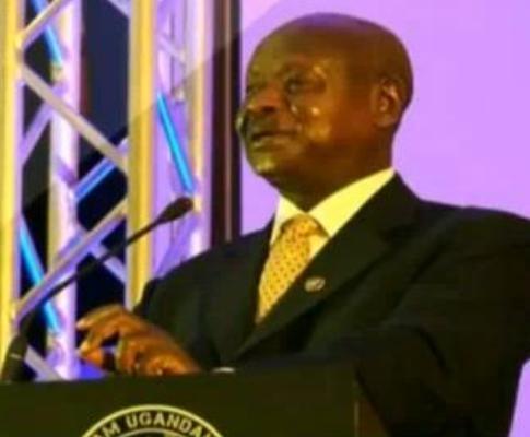 Yoweri Museveni como rapper