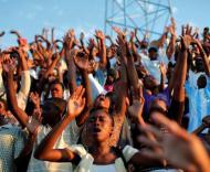 Haiti veste-se de branco para recordar vítimas do sismo (Reuters)