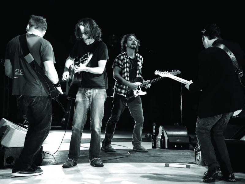 Pearl Jam «Live on Ten Legs»