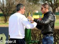 Diego Simeone com Mourinho (Inter.it)