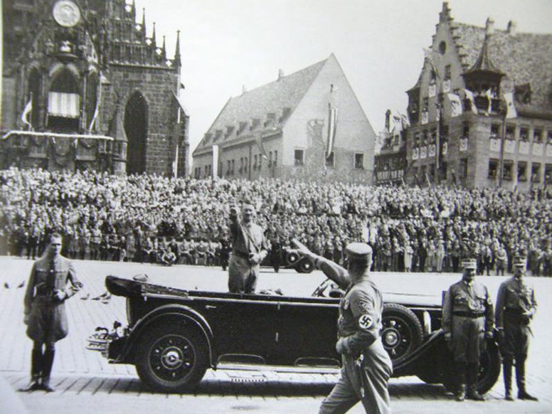 Adolf Hitler - EPA/HEINRICH HOFFMANN