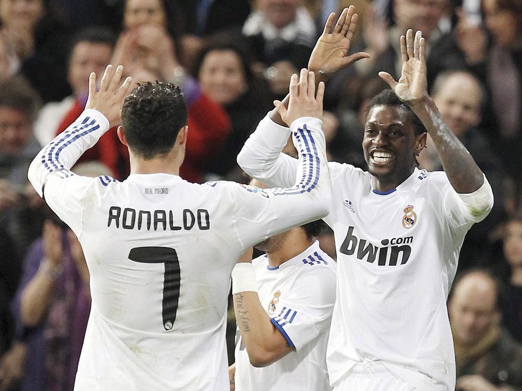 Bis de Ronaldo e Adebayor a somar no Real Madrid
