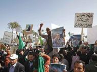 Líbia: Apoiantes de Kadhafi em manifestação (Foto EPA/SABRI ELMHEDWI, EPA/SABRI ELMHEDWI)