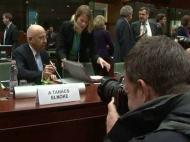 UE condena protestos na Líbia