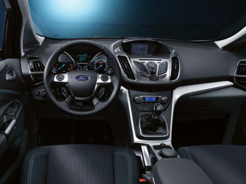 Ford C-Max recebeu prémio Volante de Cristal