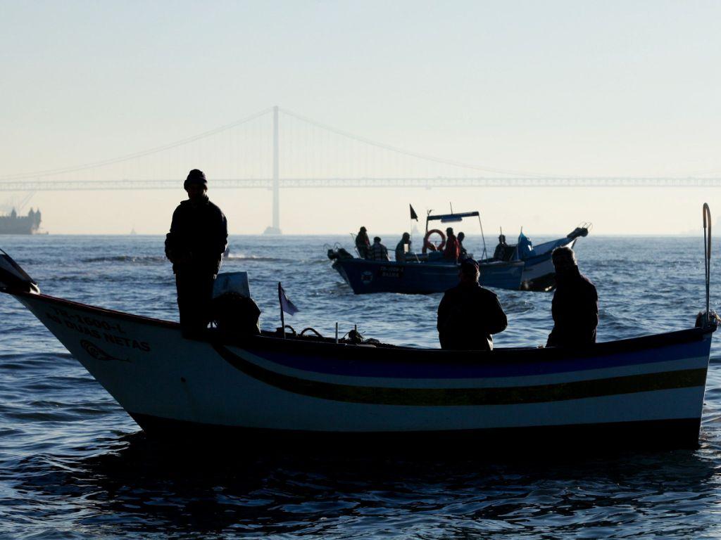 Pescadores protestam no Tejo [MIGUEL A. LOPES / LUSA]