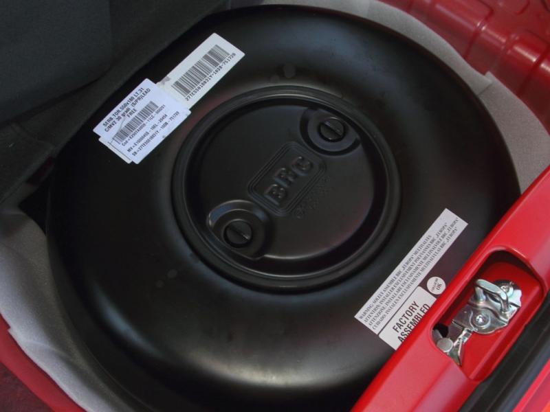 Combustíveis estão caros. Vai um carro a gás? 100 quilómetros custam menos de seis euros