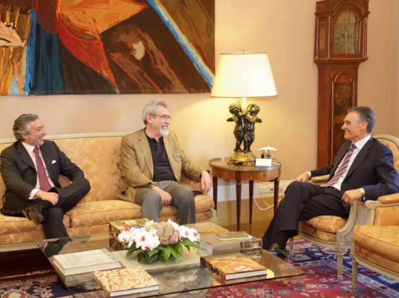 Cavaco Silva recebe António Barreto e Lobo Xavier (foto Presidência)
