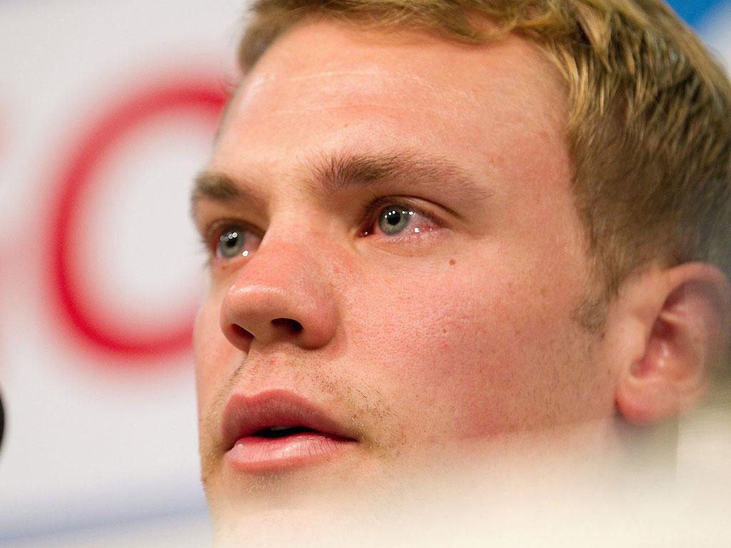 Neuer: lágrimas no adeus ao Schalke