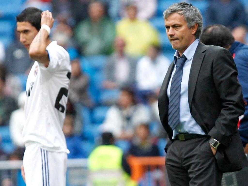 Mourinho cai pela terceira vez nas meias-finais