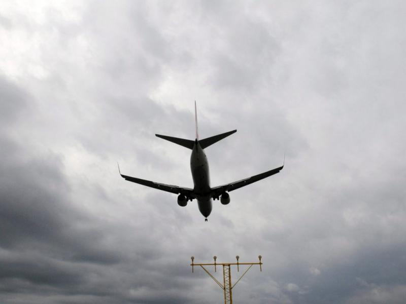 Vulcão islandês anula voos na Europa