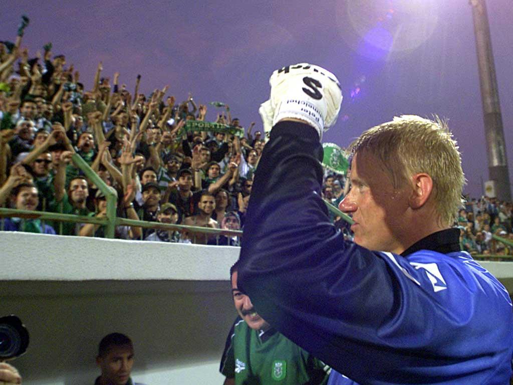 Peter Schmeichel, campeão no Sporting (Reuters/Jose Manuel Ribeiro)