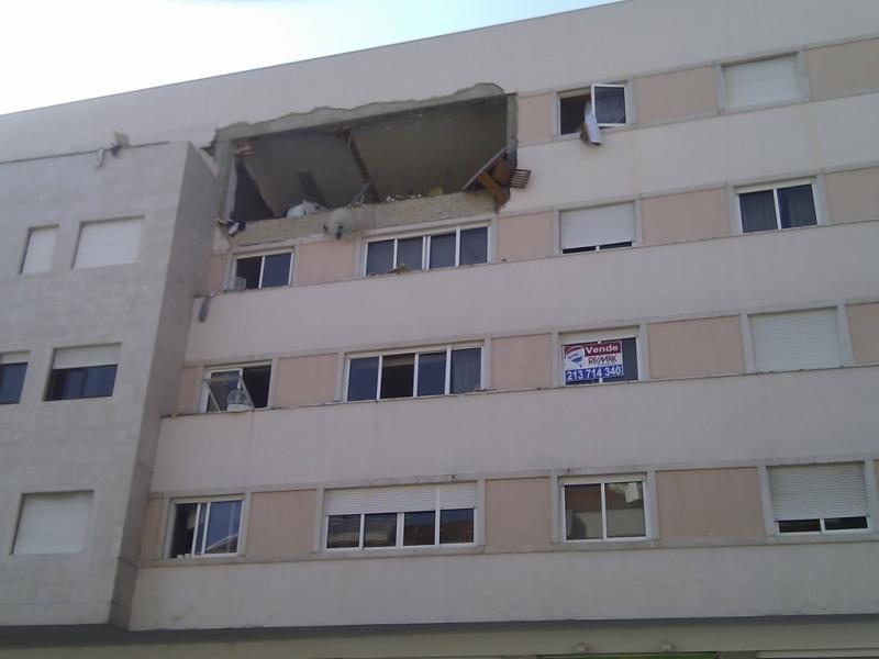 Explosão em Algés