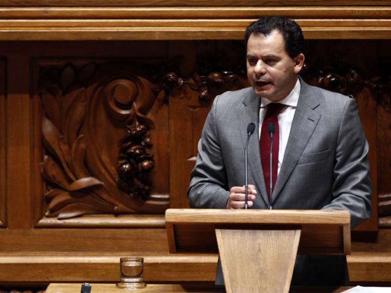 Luis Montenegro, líder parlamentar do PSD - JOSE SENA GUOULAO / LUSA