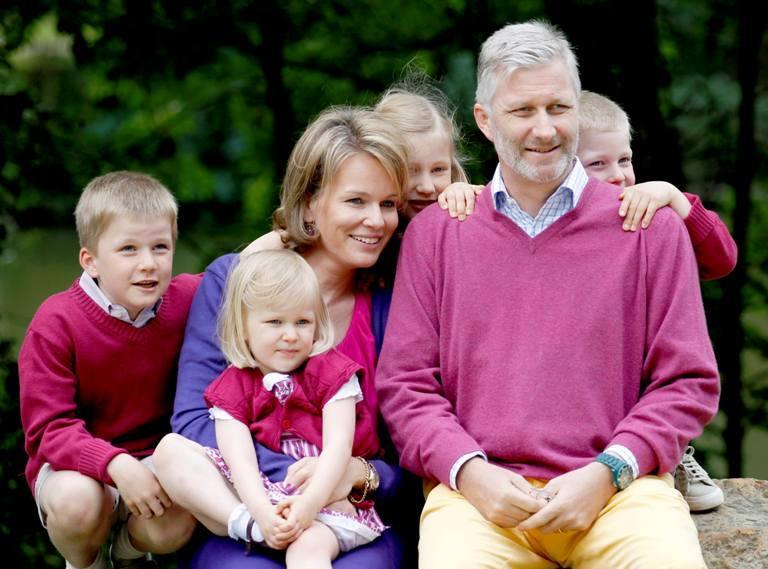 Fotos pr ncipes da b lgica divertem se com os quatro filhos - Meubelen cottage berg ...