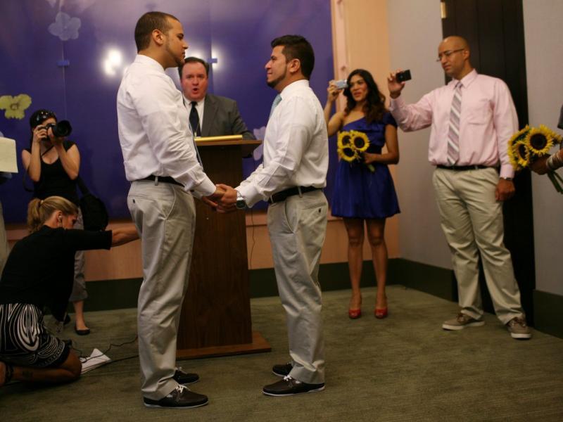 Casamentos gays em Nova Iorque (EPA/Michael Appleton)