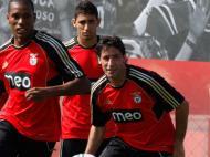 Capdevila quer jogar e no Benfica parece difícil