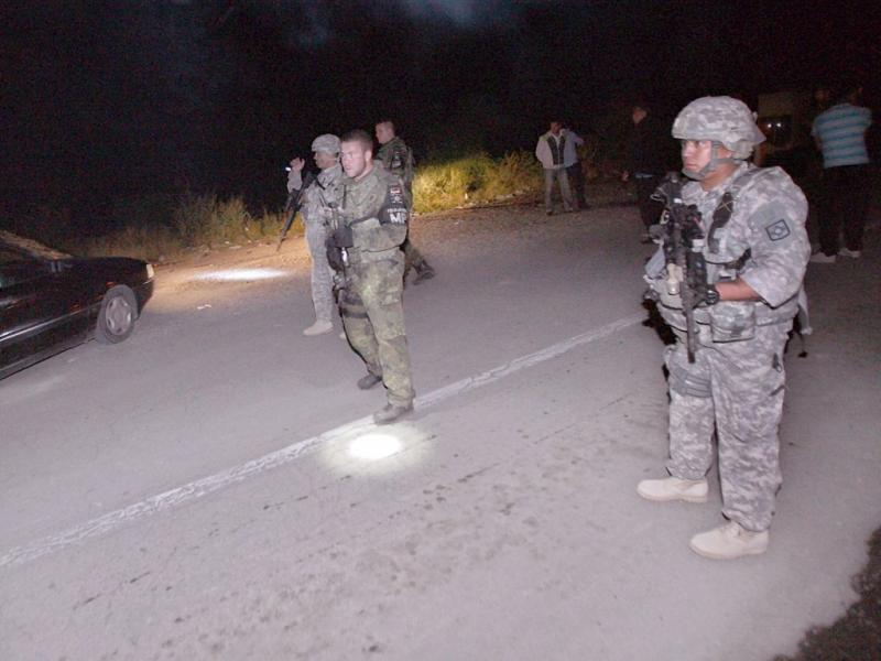Tensão na fronteira Kosovo-Sérvia [EPA]