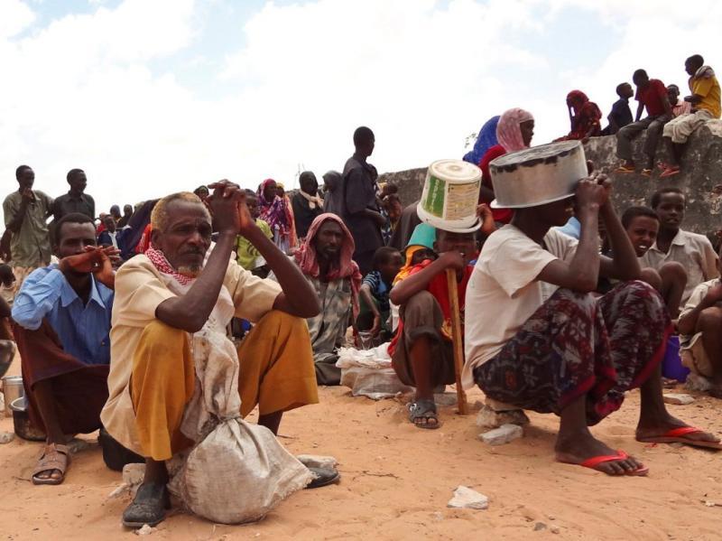 Ajuda humanitária chega à Somália (EPA/ABDI HAJJI HUSSEIN)