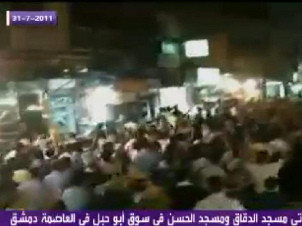 Imagens de confrontos na Síria (EPA/Al Arabiya)
