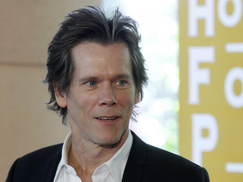 «Kevin Bacon» no almoço anual da Associação de Imprensa Estrangeira de Hollywood (foto Reuters)