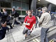 Motins em Londres: suspeito tenta fugir dos media