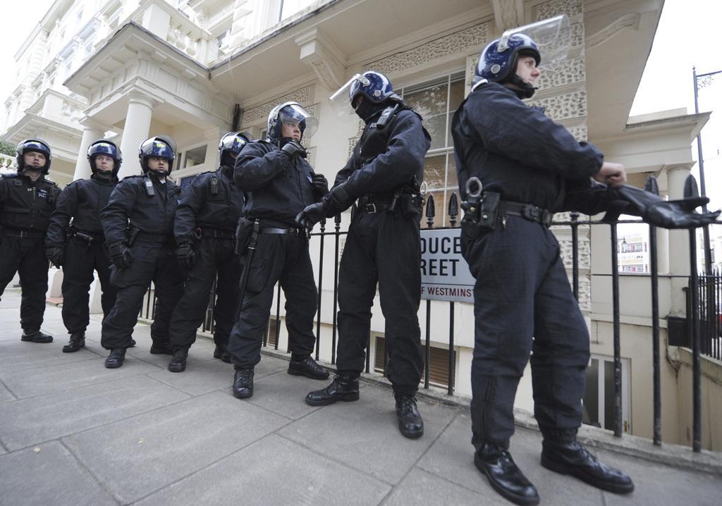 Motins: Polícia faz detenções em Londres  (Reuters)
