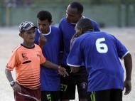 Peladão Verde: Amigos de Leo pressionam Paulinho, o árbitro