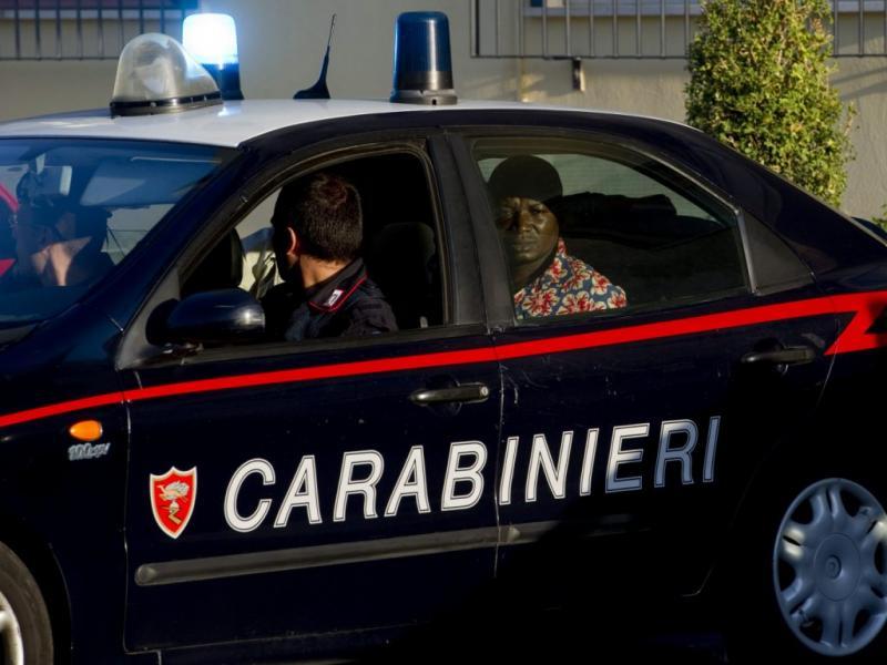 «Mafiosos» detidos em Itália [EPA/CIRO FUSCO]