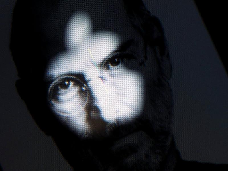 Morreu Steve Jobs [EPA/ARNO BURGI]