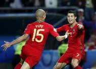 Euro 2008: Portugal-Turquia 2-0 a abrir, golos de Meireles e Pepe