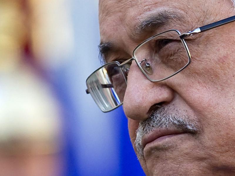 Mahmoud Abbas - EPA/IAN LANGSDON