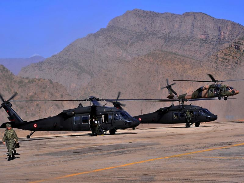 Helicópteros turcos