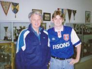 David Stephens e Bobby Robson (DR)