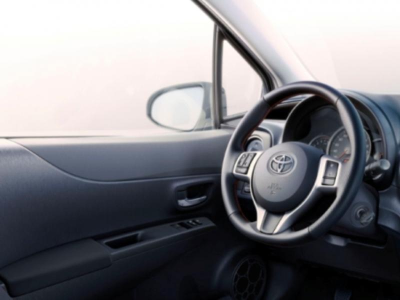 Toyota lança novo Yaris