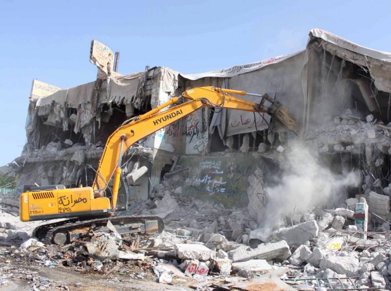 Casa de Khadafi destruída (Sabri Elmhedwi/EPA)