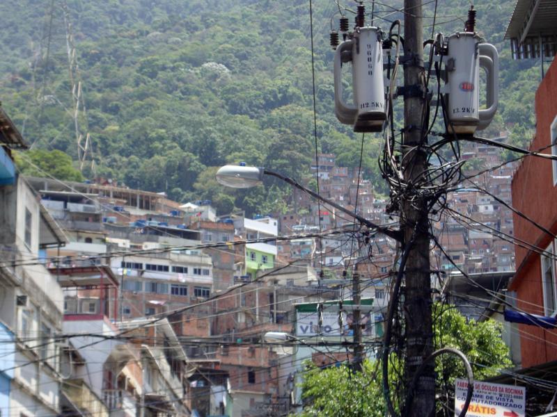 Polícia do Rio faz operação na Rocinha depois de confronto entre traficantes