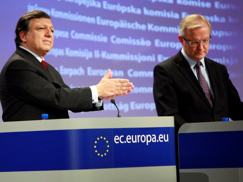 Durão Barroso e Olli Rehn, comissário europeu dos Assuntos Económicos