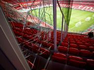 Os danos no Estádio da Luz após o derby (LUSA/José Sena Goulão)