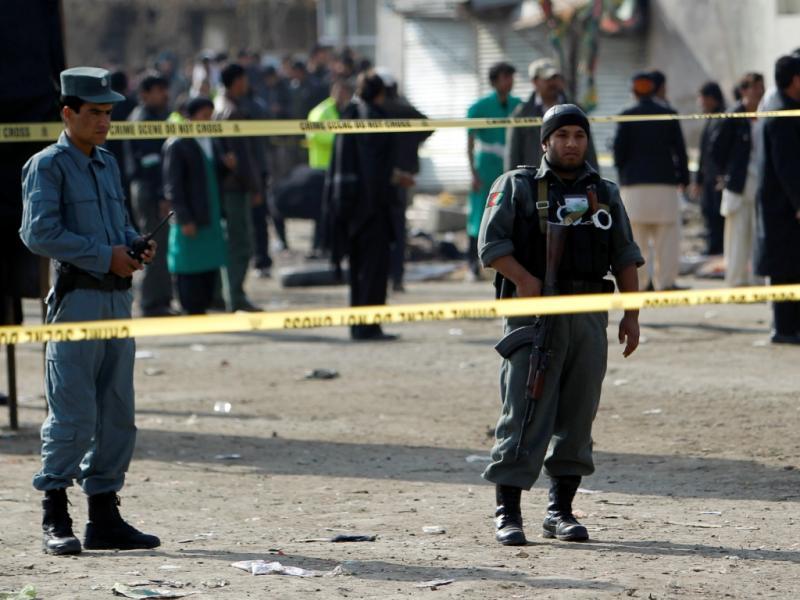 Afeganistão: mais de 50 mortos em três atentados (Omar Sobhani)
