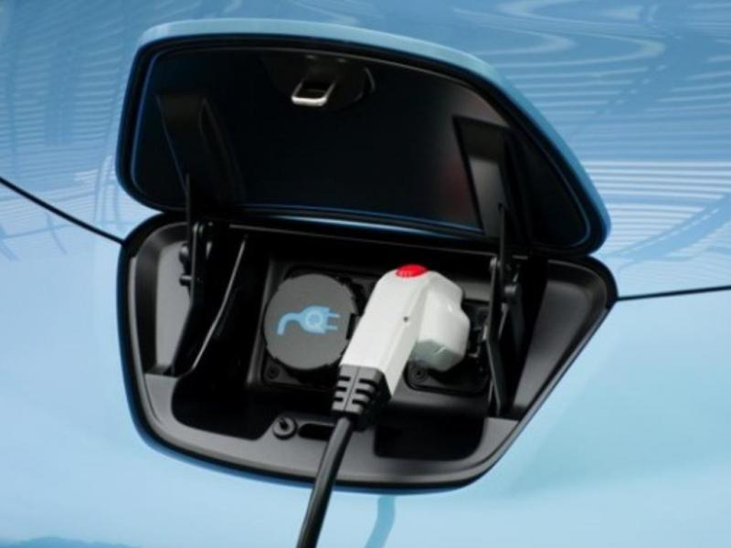 Nissan Leaf - carregamentos electrónicos